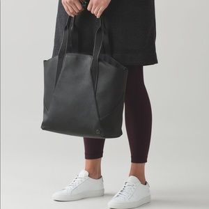 Lululemon mini all day tote black